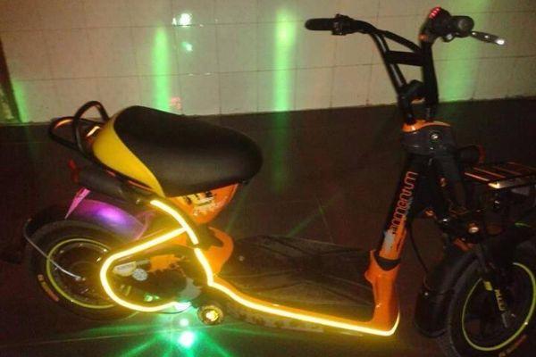 Xe đạp điện độ đèn led
