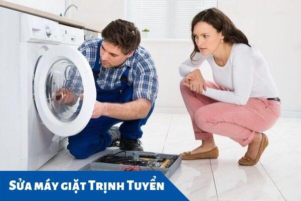 Cửa máy giặt chưa đóng chặt