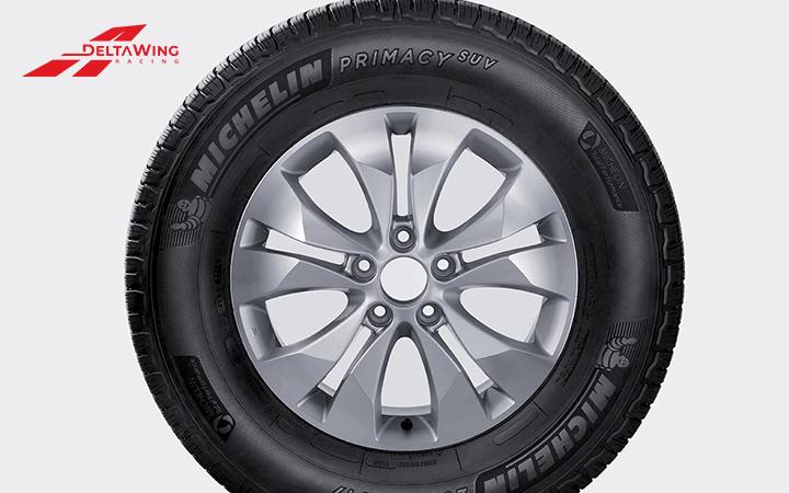 """Giá lốp xe ô tô Michelin khá """"chát"""""""